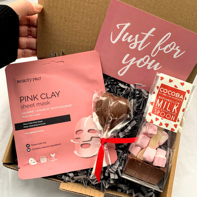 THE GALENTINE'S BOX