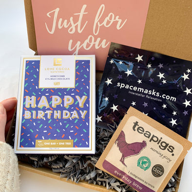 HAPPY BIRTHDAY GIFT BOX-[best_birthday_gifts_for_her]-[birthday_gifts_for_her]-[happy_birthday_gift_box]-Seventeen Minutes