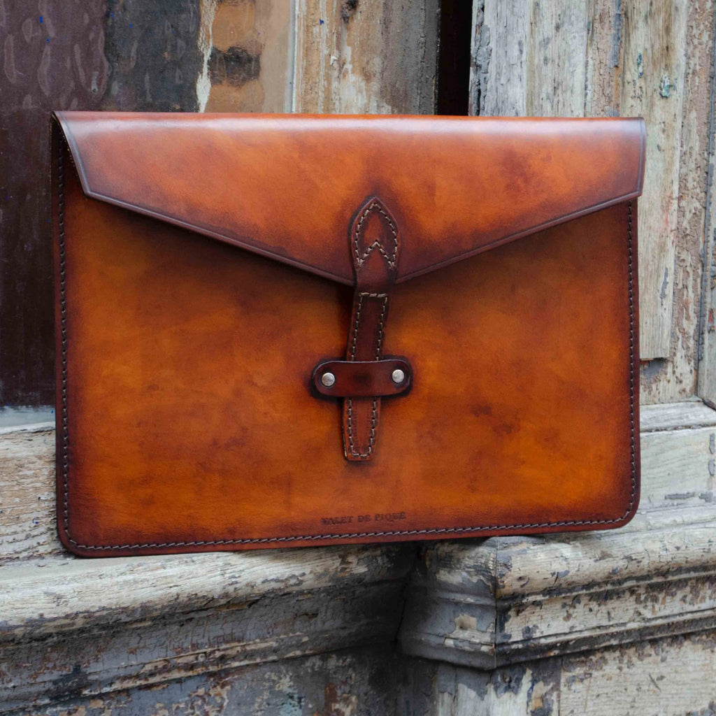 Porte-document en cuir personnalisable