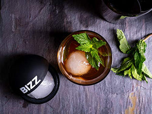 Bizz Large Round Sphere Ice Molds Set with Lid-2 Pack-Big Sphere Ice Cubes for Whiskey, Scotch, Bourbon, Soda, Cocktails, Everyday Use, Parties-Reusable, Food Grade and BPA Free Silicone