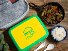 Bizz Large Bento Lunchbox & Bag Set with Utensils, Removable Microwaveable Dishwasher Safe Tray, Kids Adults, Leakproof 3-Compartment Food Storage Container, Felt Insulated Lunch Bag Great for Travel