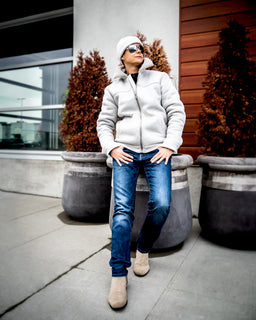 Tomboy-Style-Fashion-Outfit-Dapper-Grey-Sherpa-Jacket-White-Beanie-Blue-Jeans-Chelsea-Boots