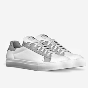 Tomboy-Style-Shoes-Sneakers-Low-Top-White Sneakers-Gender-Neutral-Androgynous-Fashion-3-4-view