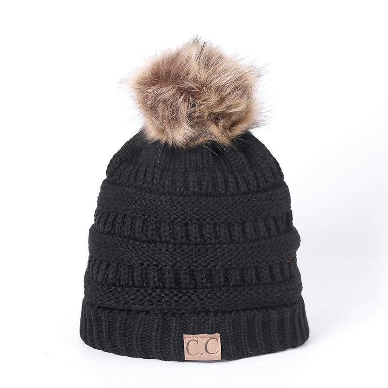 Accessories White / One Size Pom Beanie