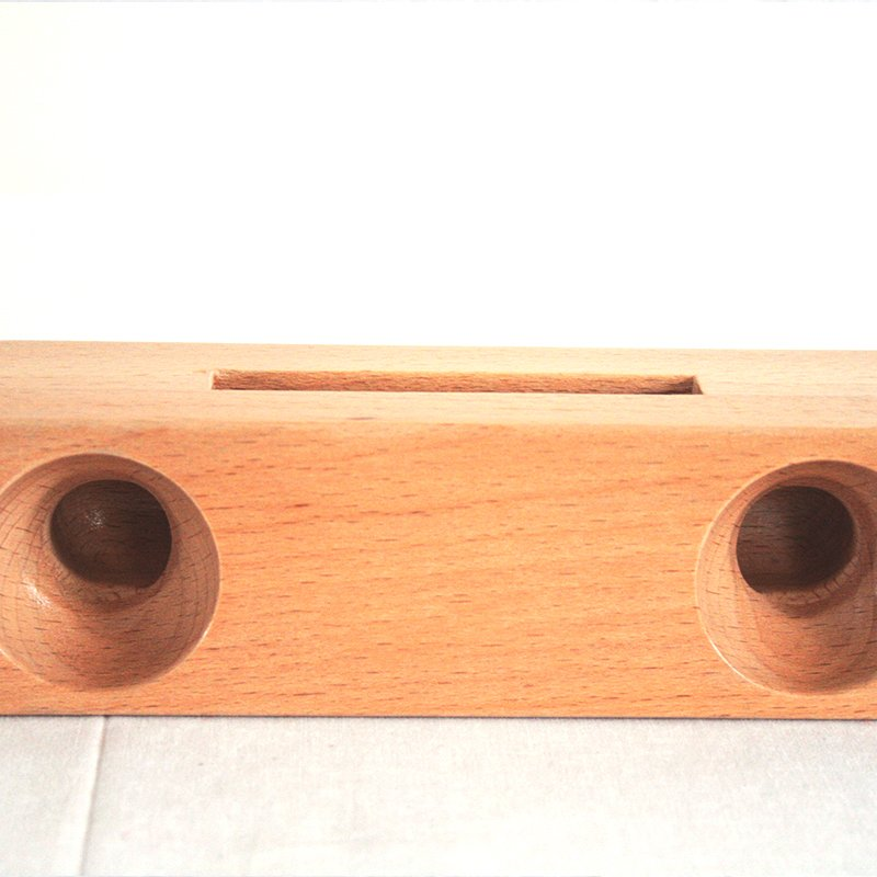 Wooden Cell Phone Holder & Amplifier