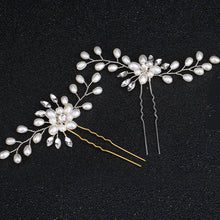 Load image into Gallery viewer, Pearl Flower Crystal HairClip