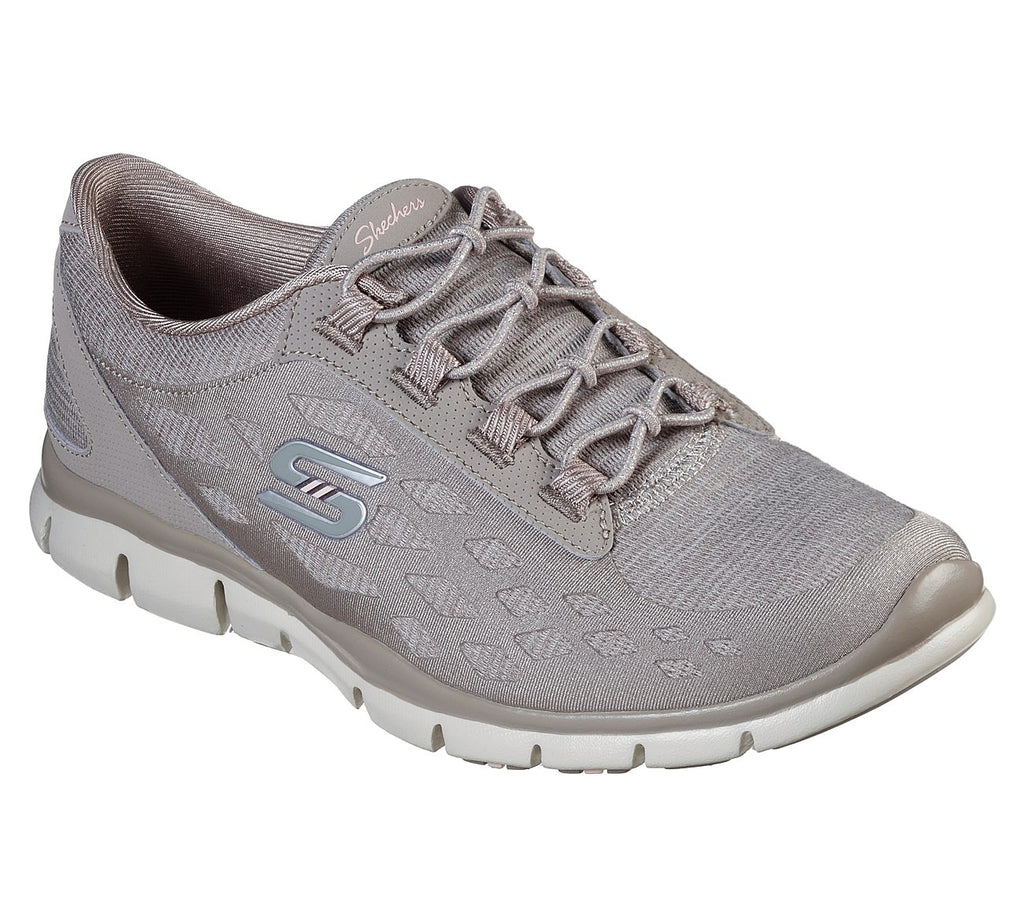 SKECHERS GRATIS - THIS MOMENT