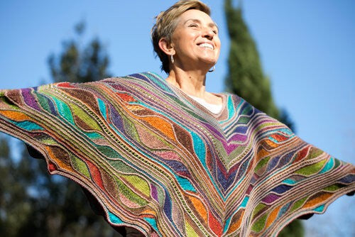 Aflutter Poncho Kit from Urth