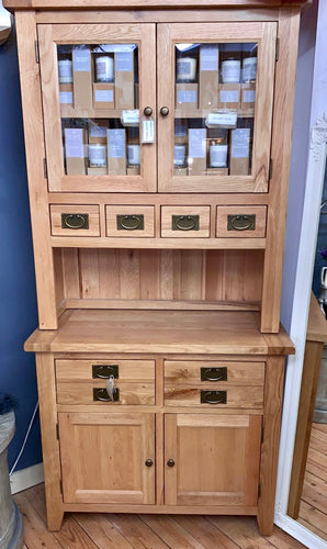 Vancouver Petite Solid Oak Buffet and Hutch