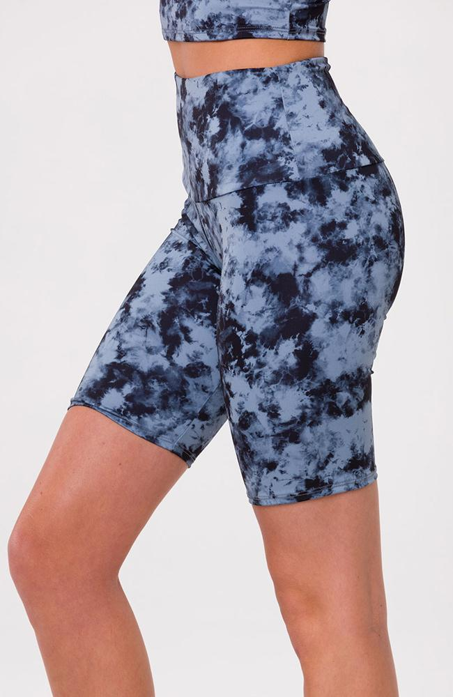 Onzie - High Rise Biker Shorts - 35 Strong