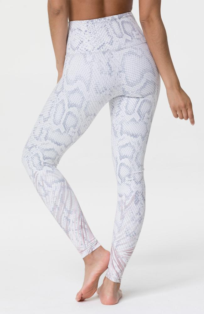 Onzie - Graphic Snake Print Leggings - 35 Strong