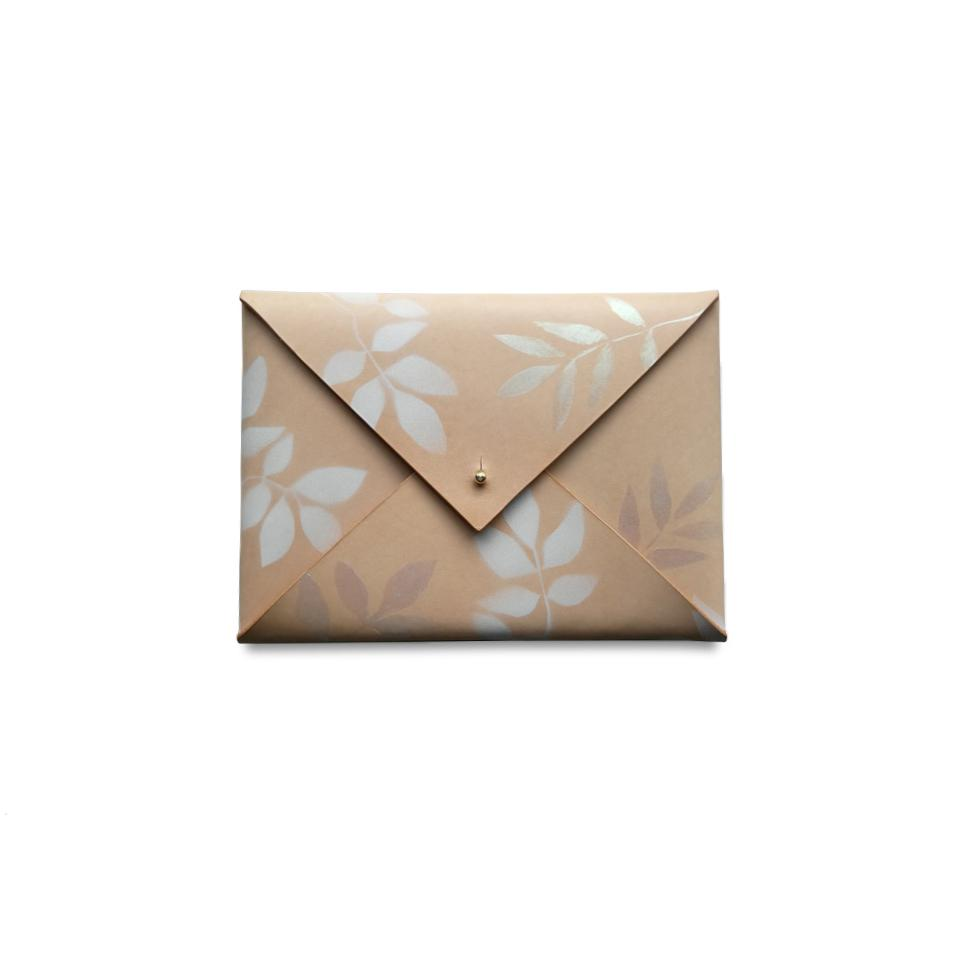 Komorebi Medium Envelope Clutch in Dawn