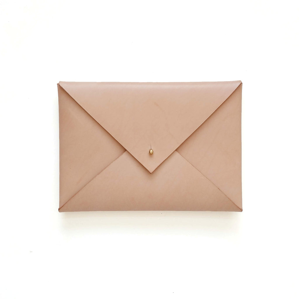 Medium Envelope Clutch in Natural