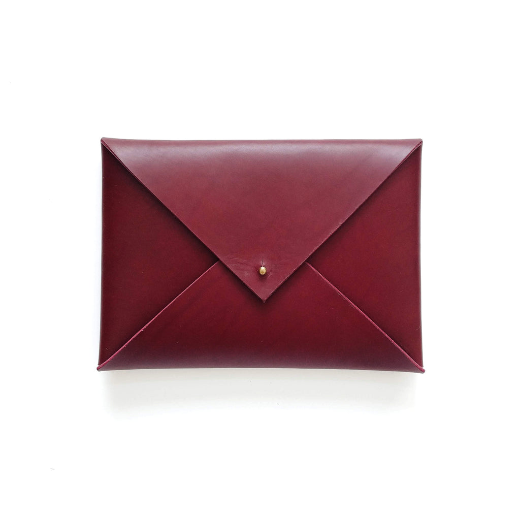 Medium Envelope Clutch in Wine