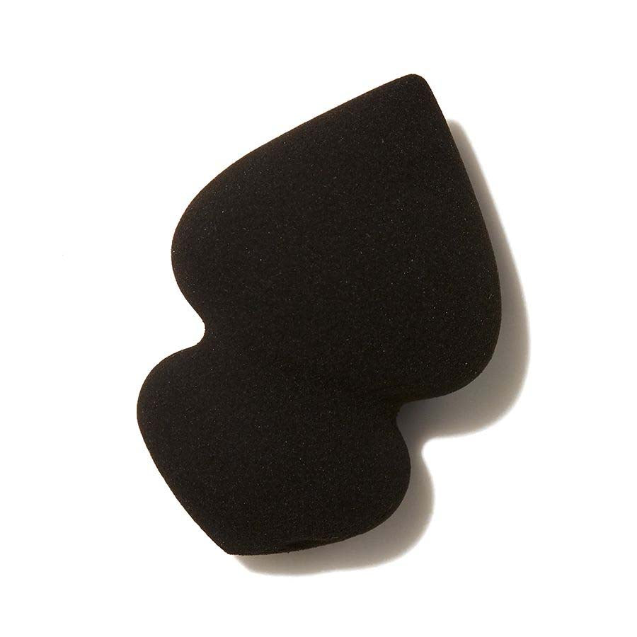 e.l.f. On Point Concealing and Blending Sponge | HODIVA SHOP