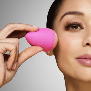 beautyblender® Two BB Clean | HODIVA LUX