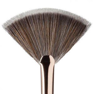 Dose Of Colors Fan Brush | HODIVA LUX