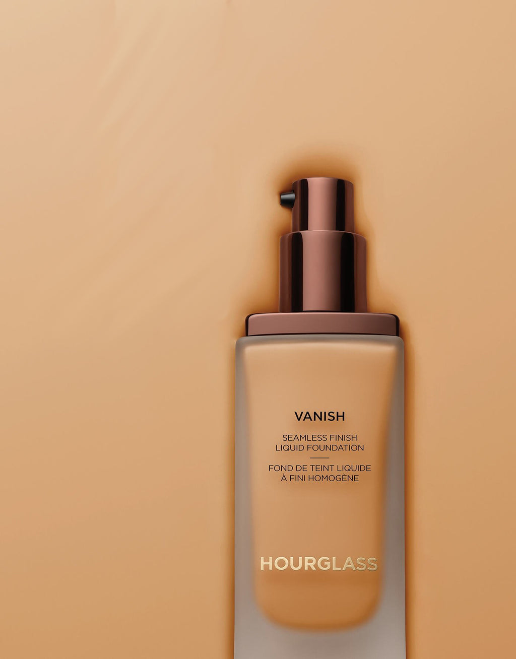 Hourglass Vanish™ Seamless Finish Liquid Foundation | HODIVA LUX