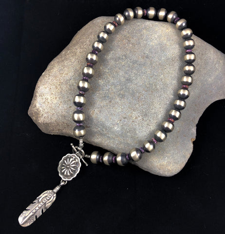 Pearl and feather necklace in Indian Jewelry