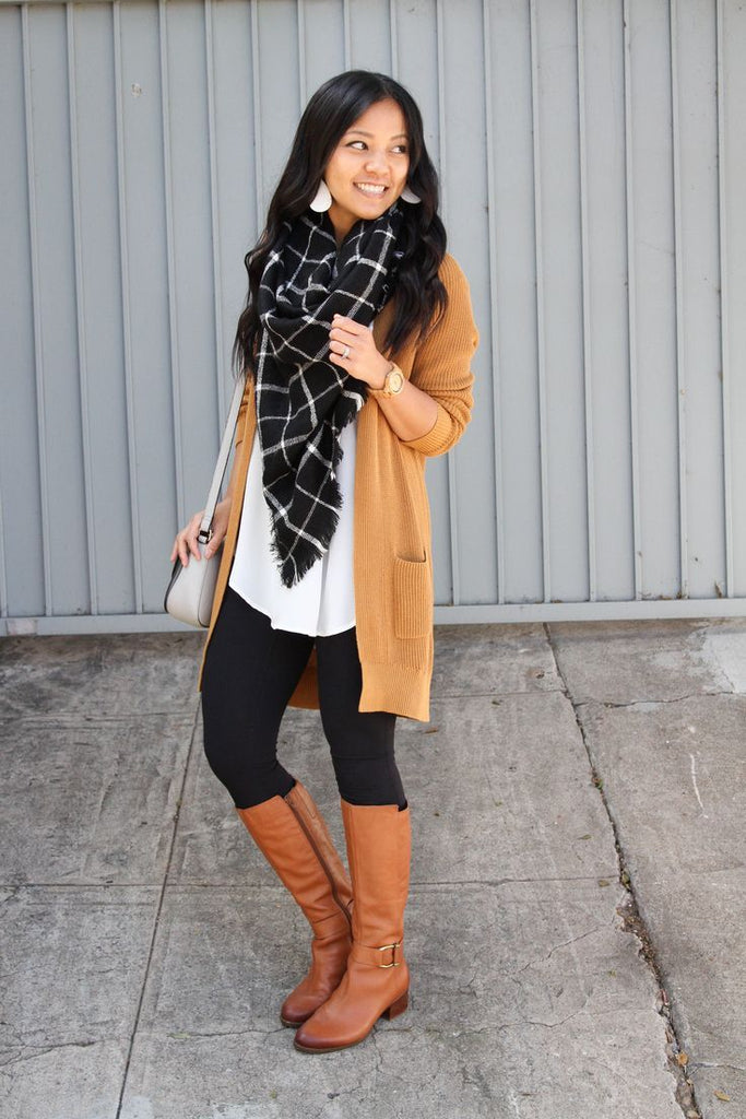 fall cardigan outfit idea