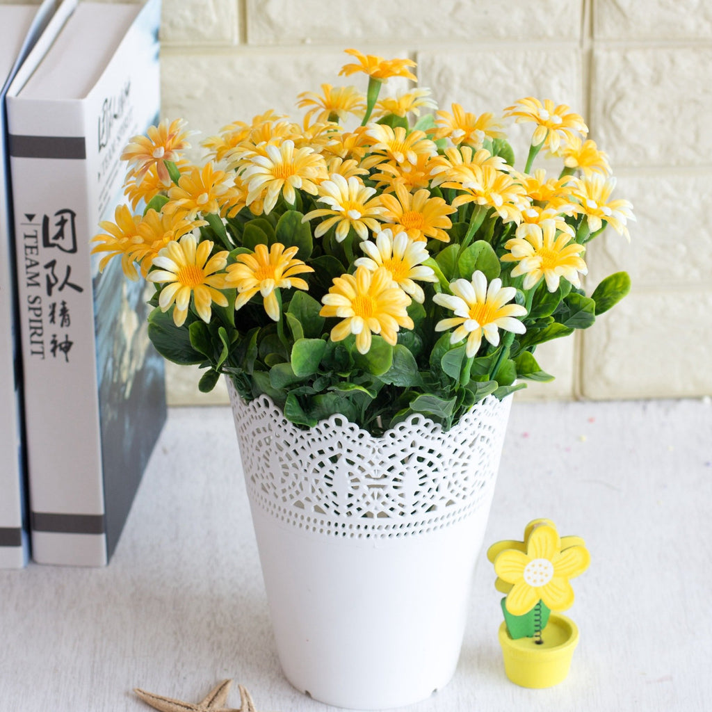 5PCS/ Artificial 7 Heads  Small Daisy Flowers Home Furnishing Garden Style Decorations