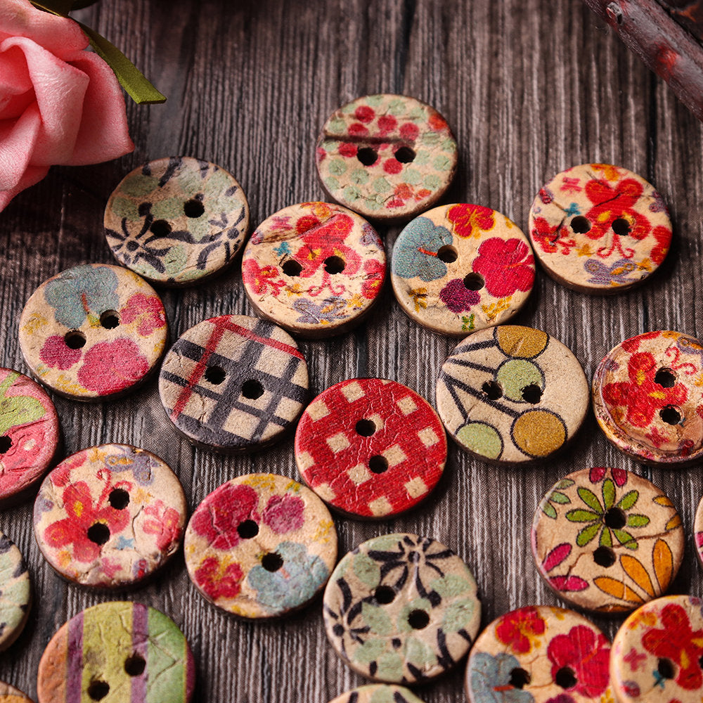 100 Pcs Retro Wooden Sewing Buttons DIY Decor Handcraft Fastness Sewing Buttons
