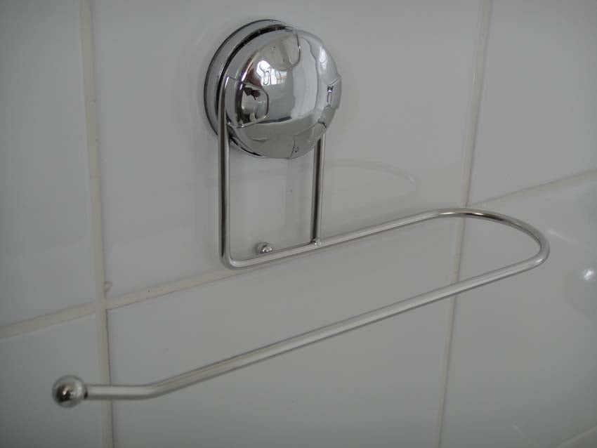 Eurowire Hand Towel Rail (suction or screw) Chrome Plated