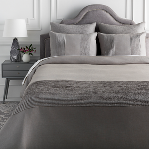 Manhattan Bay Bedding Set (Medium Gray/Metallic) - Sandcastle Home