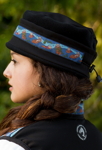Aurora Sea Otter Hat - Black