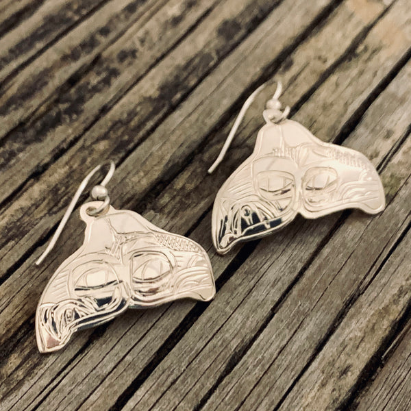 Lovebirds Whale Tail Earrings