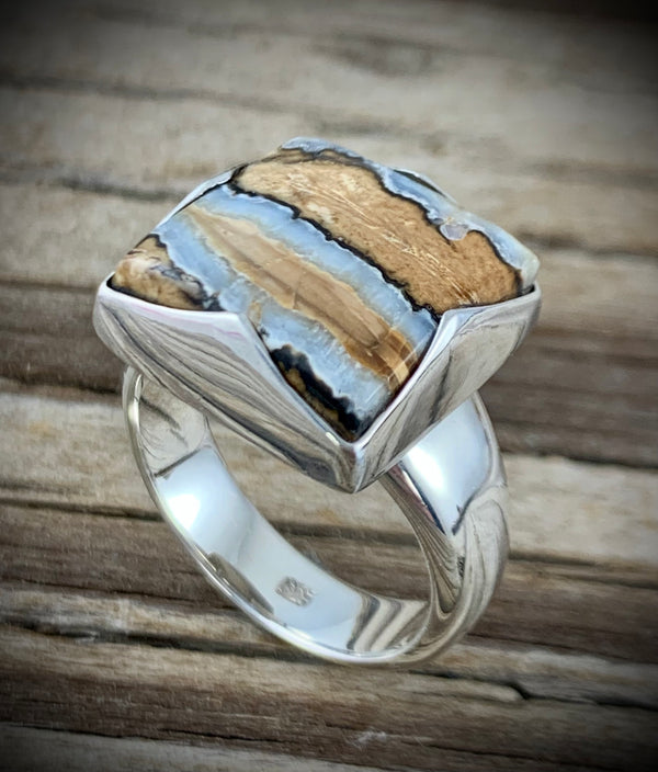 Mammoth Tooth Ring - Size 10