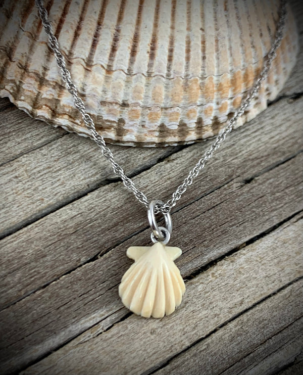 Woolly Mammoth Ivory Pendant - Clamshell