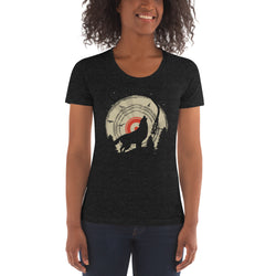 Wolf Women's Crew Neck T-shirt