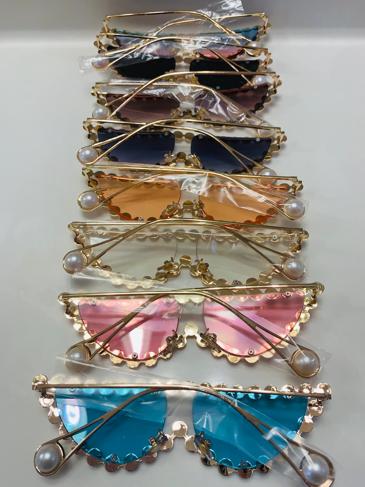Gucci Rhinestone Cat Eye Sunglasses back