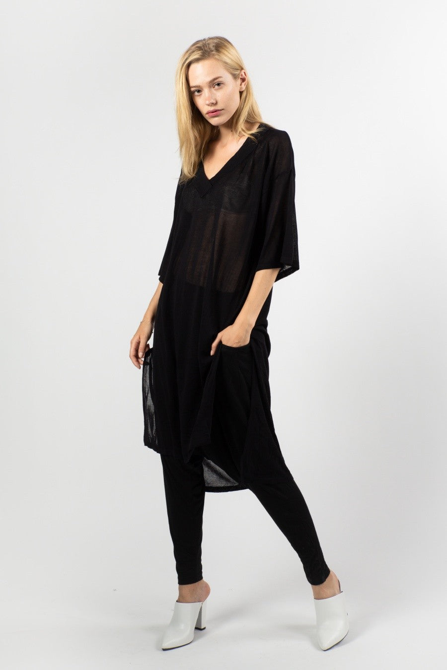 Hi Low V Neck Tunic (Black)