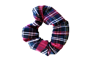 RED / WHITE/ GREEN TARTAN SCRUNCHIE