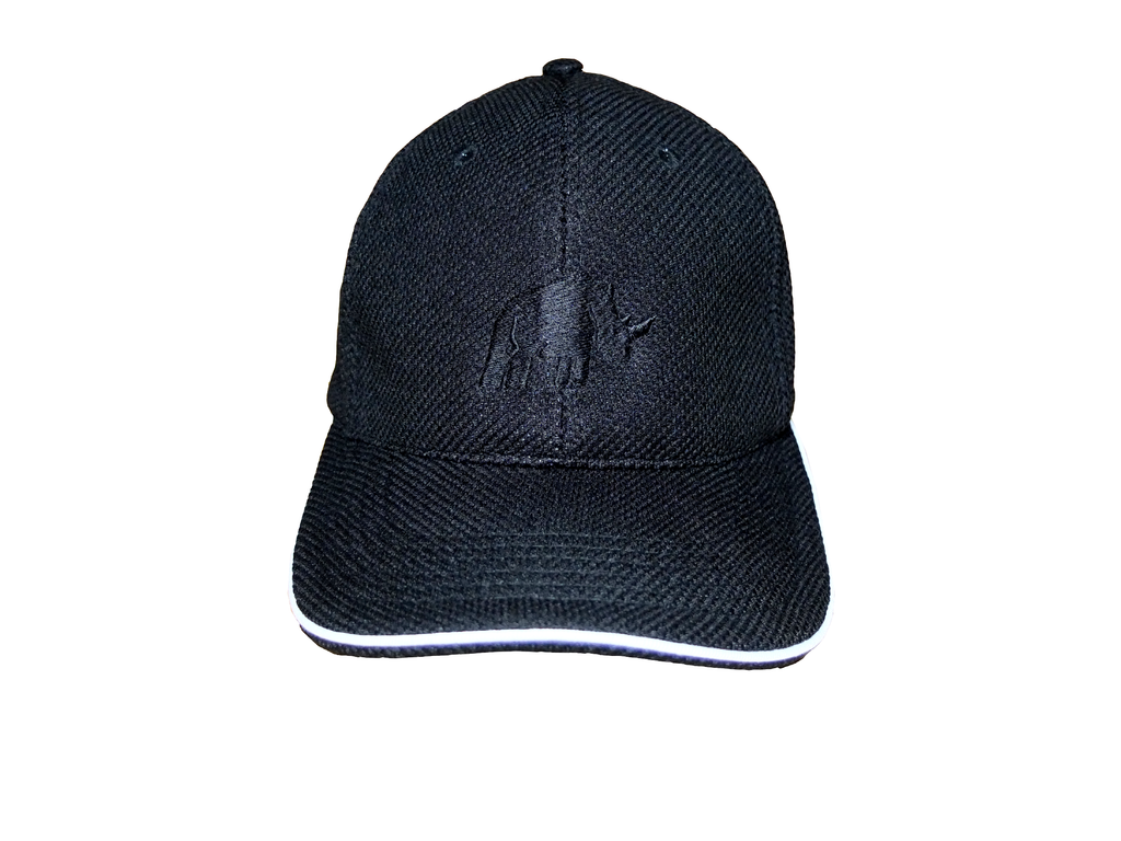 BLACK MESH LOOK CAP WITH WHITE RHINO