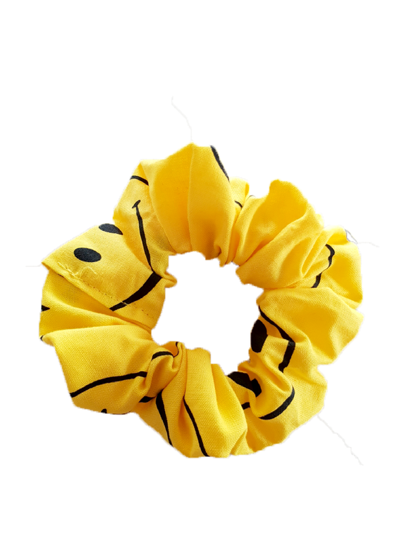 YELLOW SMILE SCRUNCHIE