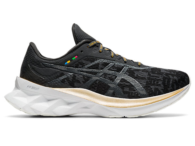 Mens Asics Novablast Black/Graphite Grey (001)