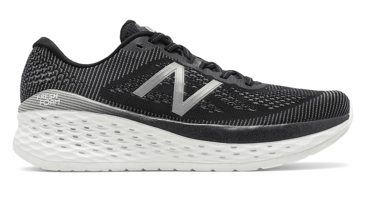 New Balance Men's Fresh Foam More Black (BK)