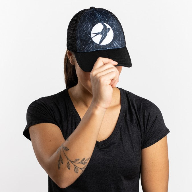 Oiselle Runner Trucker
