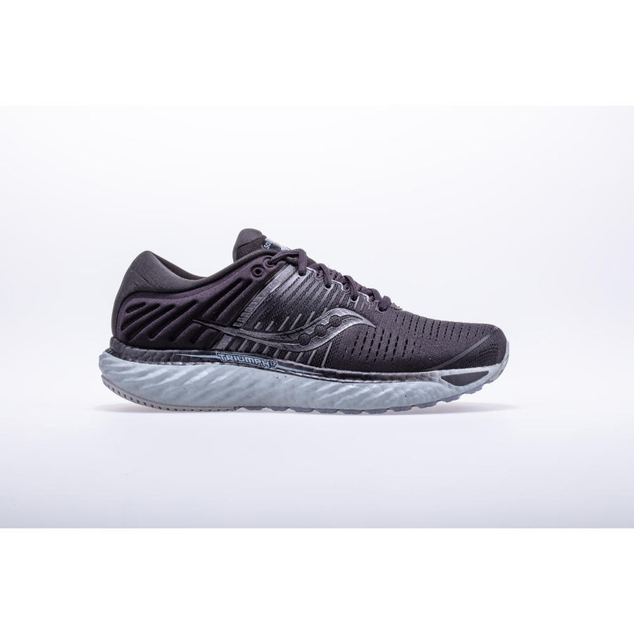 Womens Saucony Triumph 17 Blackout (35)