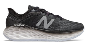 New Balance Womens Fresh Foam More v2 (D) Black with White (BK)