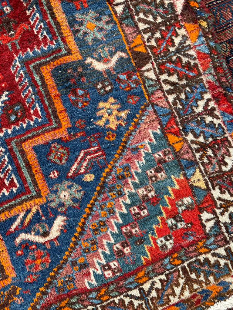 SOLD | Lovely Vintage Persian Shiraz with Birds & Incredible Colors | 3.8 x 5