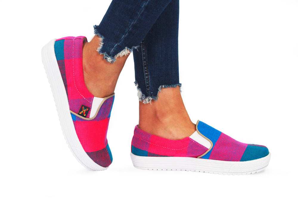 Xibany Original Canvas Slip-On Sneaker, Women: Pink|Blue
