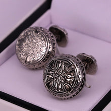 Load image into Gallery viewer, Stainless Steel Round style men cufflinks