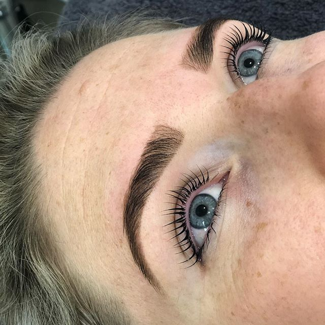1f6d2626e36 I've had lash lifts before but nothing like the one I had at Zuka today - I  didn't think it was possible for my lashes to look this long!