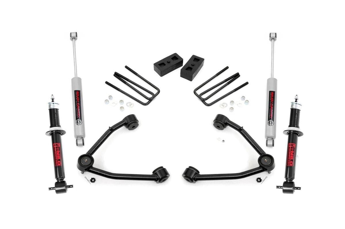 14-16 Chevy Silverado/GMC Sierra1500 3.5 inch Rough Country Lift Kit - Elite Auto Customs