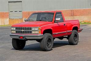 77-87 Chevy Silverado/GMC Sierra1-Ton 6 inch Rough Country Lift Kit - Elite Auto Customs