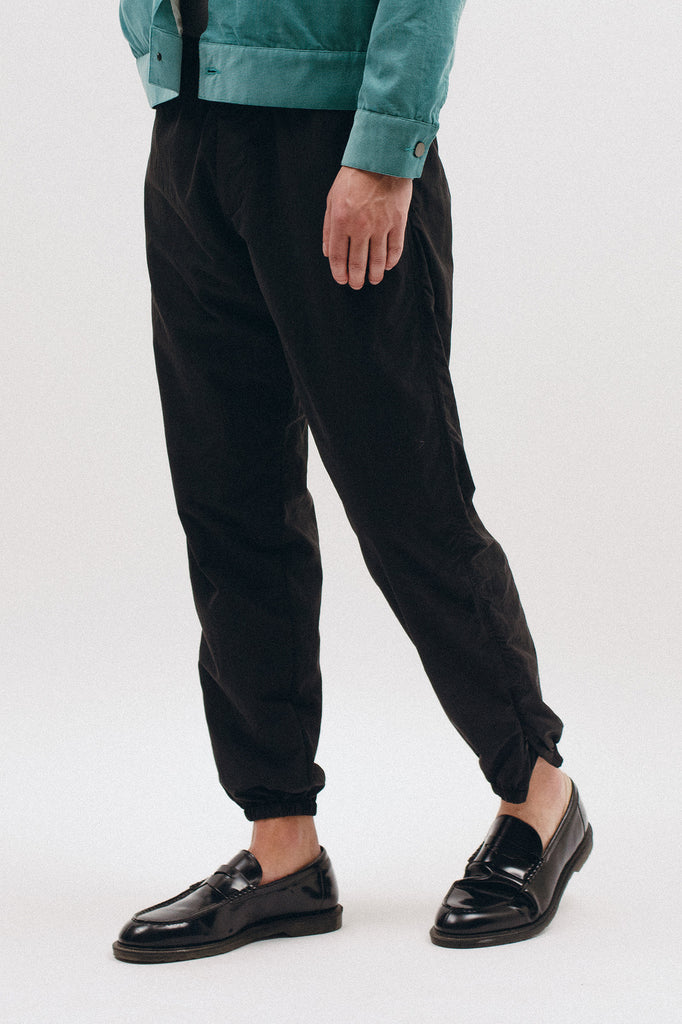 BRUSHED TECH TROUSER - BLACK